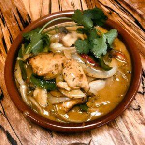 Thai Red Chicken Curry 840ml